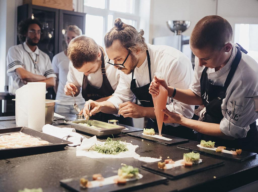 Plating Küche