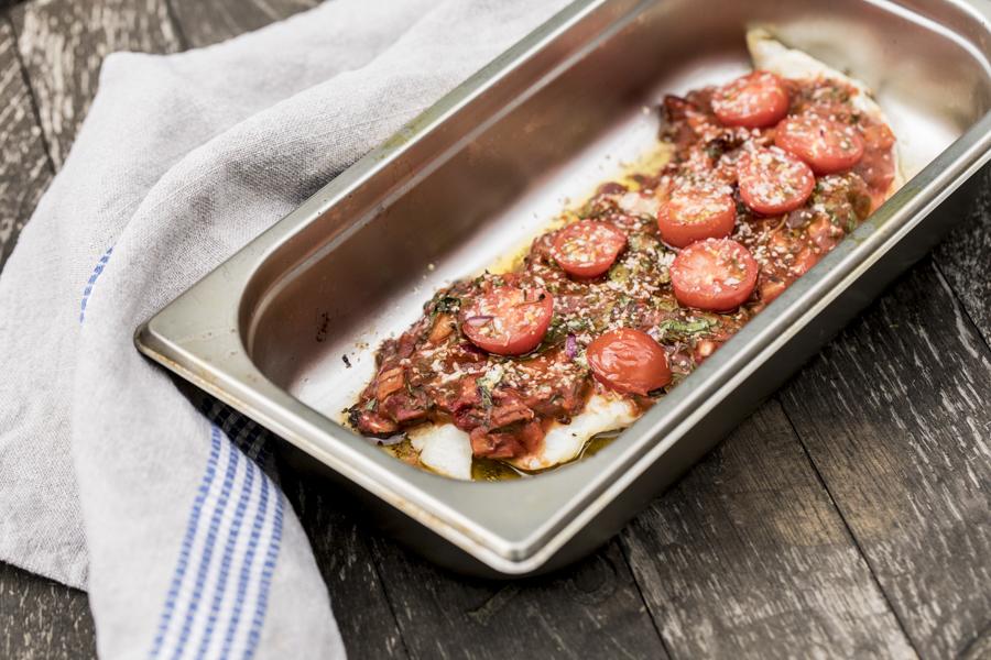 Fisch mit Tomate überbacken